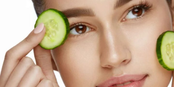 Smart Tricks to Glow Skin naturally in Minutes